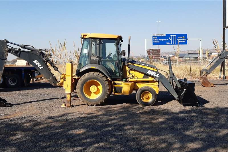 Bell Backhoe loader 315SJ 4X2 2015