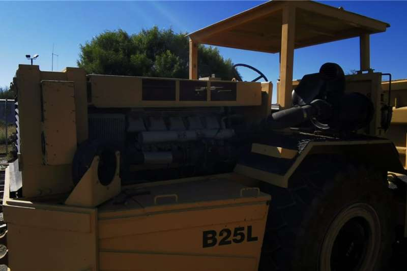 Bell B25L Dumper Powered by V10 Diesel Engine Dumpers