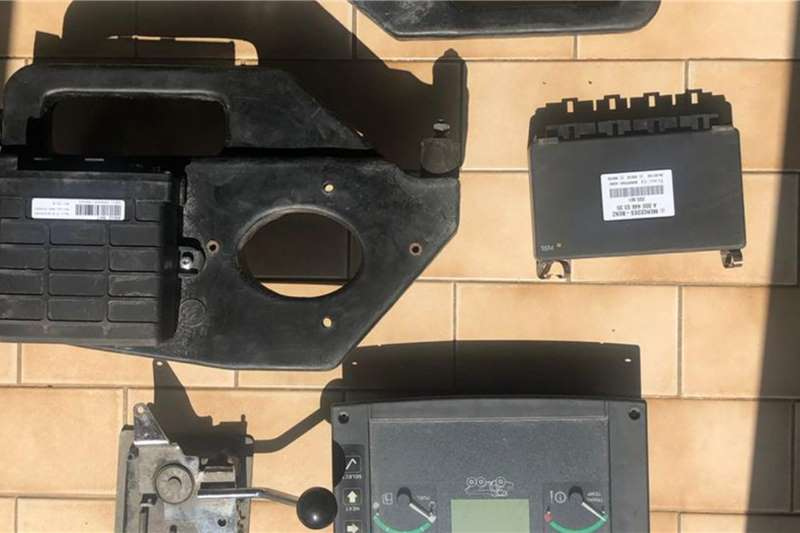 Bell Excavators Bell B30D Electronic Control Units