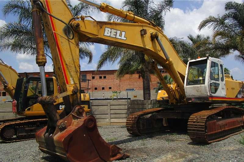 Bell Excavators HD2405 III 2006