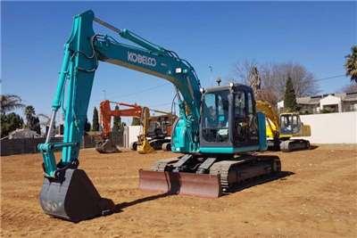 Bell Excavators KOBELCO E135BSR-2 EXCAVATOR 2011