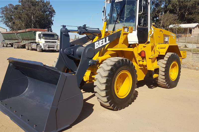 Bell BELL L1204C Loaders
