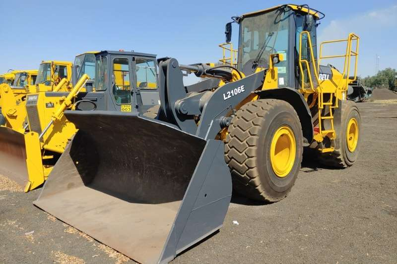 Bell Loaders L2106E 2012