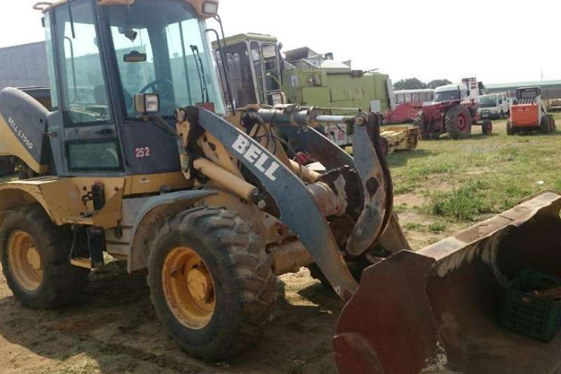 Bell TLBs Bell L705D Front Loader