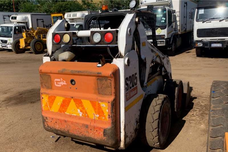 Bobcat S205 Skidsteer loader