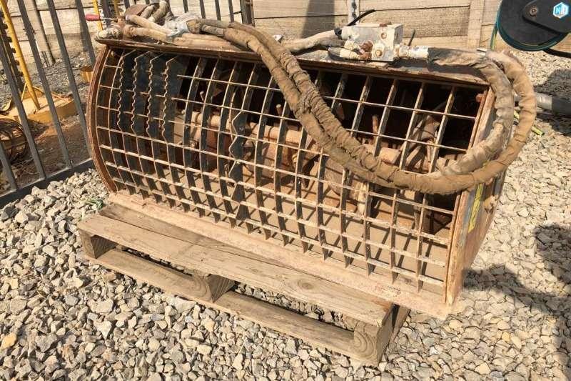 Bobcat Skidsteers CONCRETE MIXER ATTACHMENT