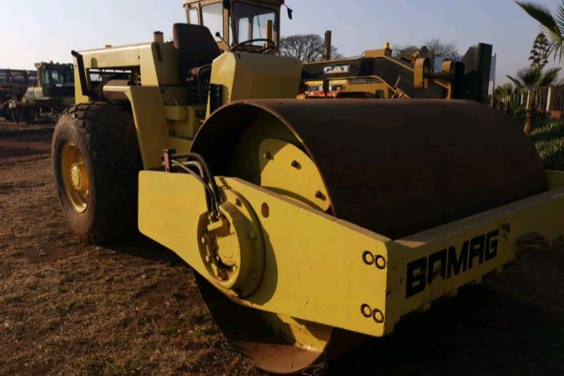 Bomag Bomag BW212D 12 ton smooth drum roller Roller