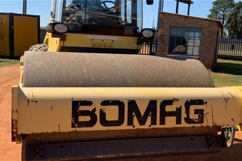 Bomag Roller CW213D (14t) Smooth Drum Roller 2008