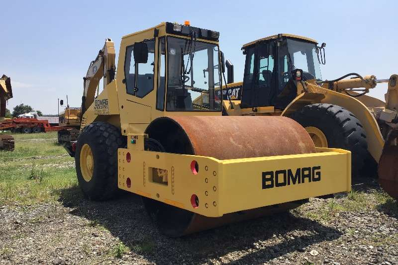Bomag Rollers 2012 Bomag BW212 smooth drum roller 2012