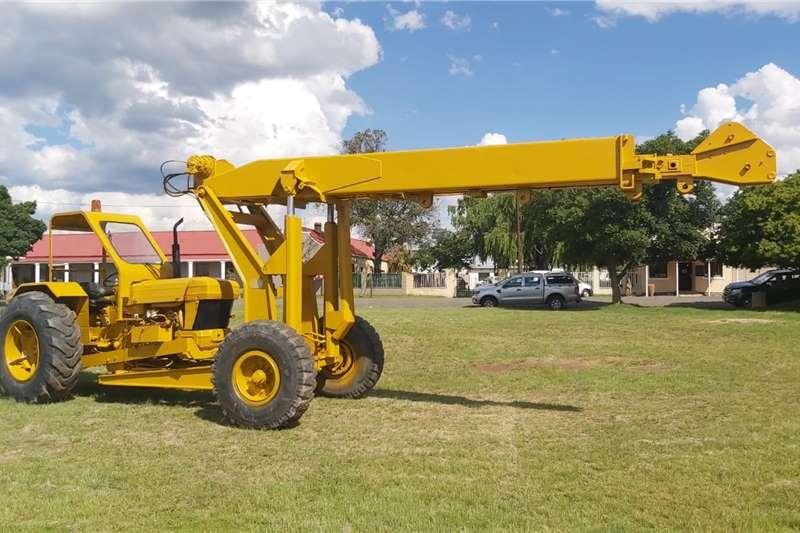 Mobilift Carry Crane Boom lifts