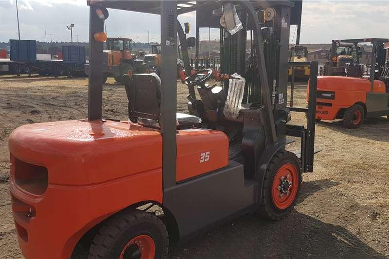 BTX Diesel forklift BTS D3.5 Forklifts