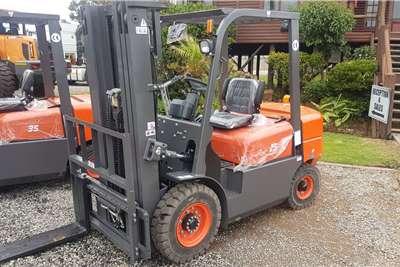 BTX Diesel forklift BTX D2.5 Forklifts