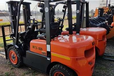 BTX Diesel forklift BTX D35 Forklifts