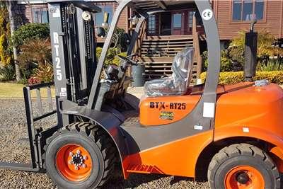 BTX Diesel forklift BTX RT2.5 Forklifts
