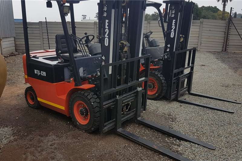 BTX Forklifts Electric forklift BTX E2.0 2020