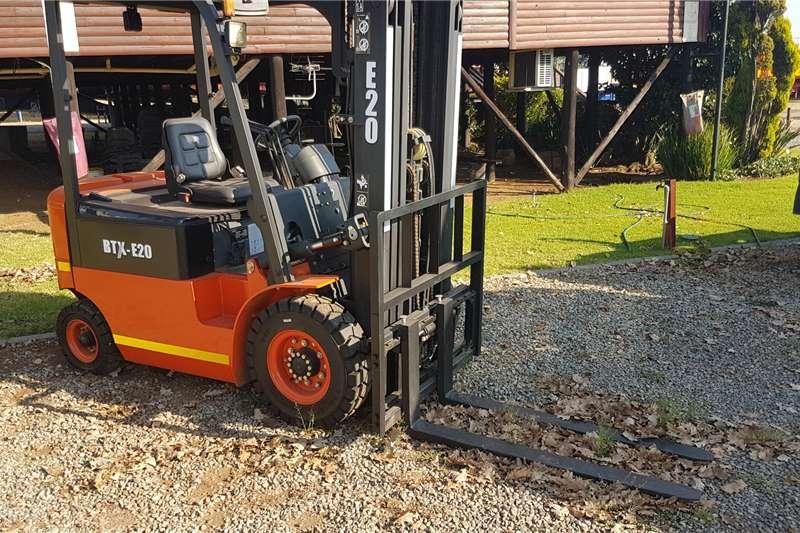 BTX Forklifts Electric forklift Forklift BTX E20 2020