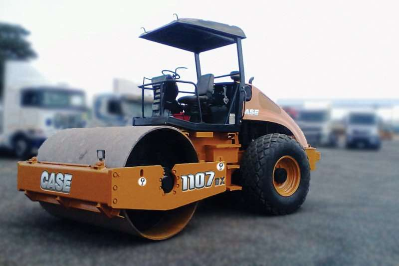 Case Rollers Vibratory roller CASE 1107 DX 11TON SMOOTH DRUM ROLLER 2014