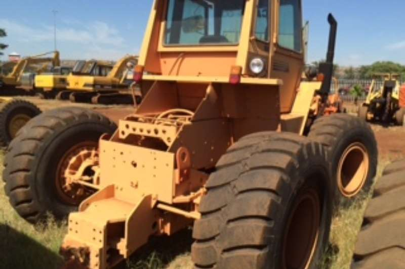 Case Tractors - towing CASE 4496 4X4 TOW TRACTOR