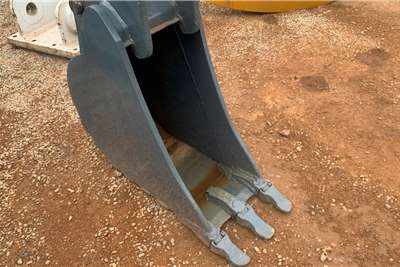 CAT TLB TRENCH BUCKET Attachments