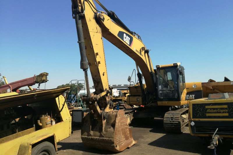 CAT Crawler excavator 2008 CAT 320 DL Excavator 2008