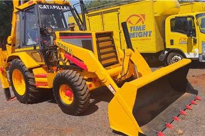 CAT 428B 4X2 TLBs