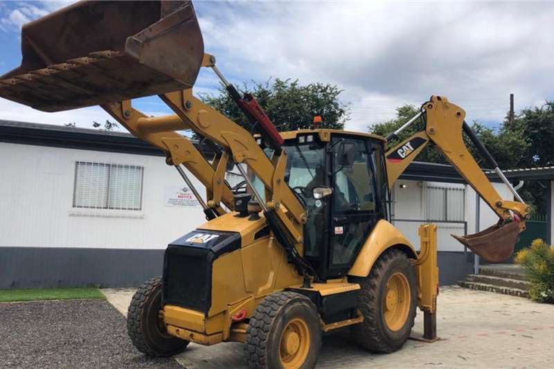 CAT TLBs Caterpillar 428F 4x4 2013