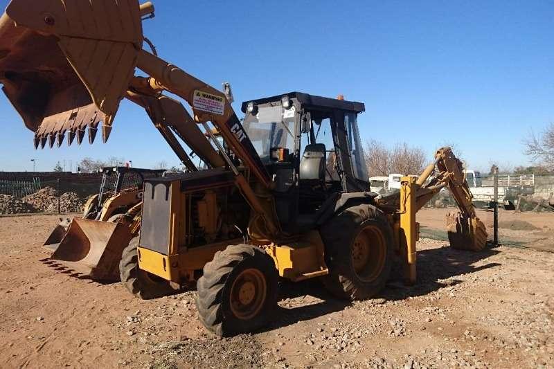 CAT TLBs Construction 428B (4x2) (D8)