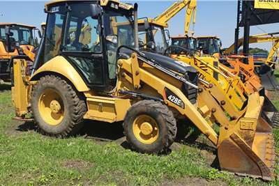 CAT TLB 428E 4x4 TLBs
