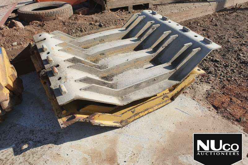 Caterpillar Dozers CAT D10 BELLY PLATES 3X AVAILABLE