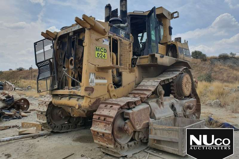 Caterpillar Dozers CAT D10T DOZER #MCD24