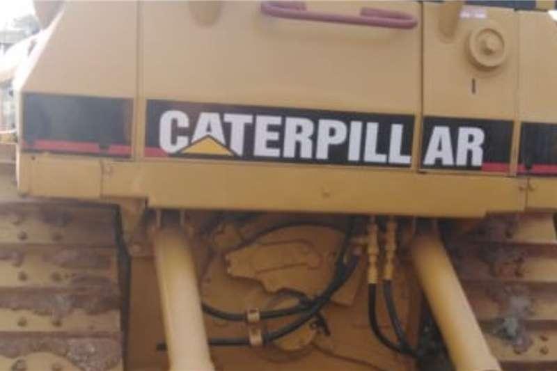 Caterpillar D4H Dozers