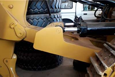 Caterpillar D9T Dozers