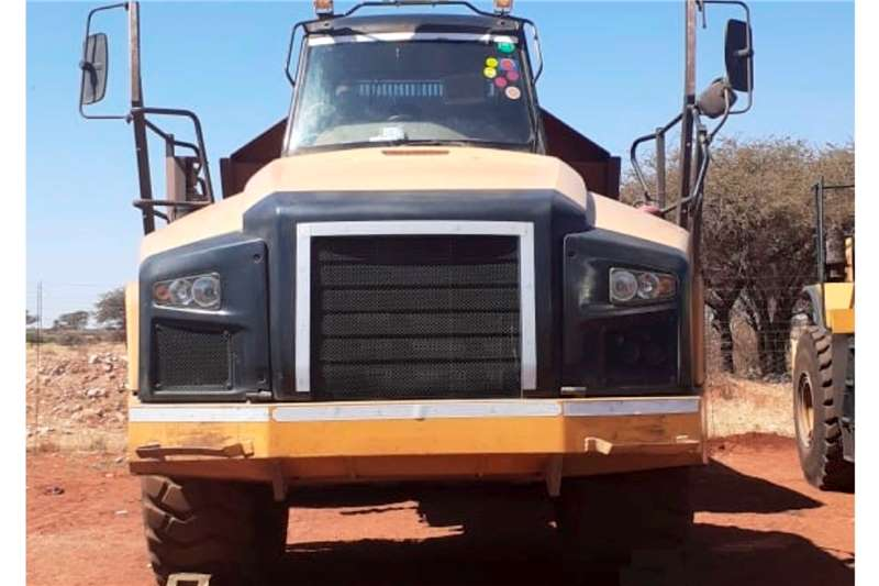 Caterpillar 740B Dumpers