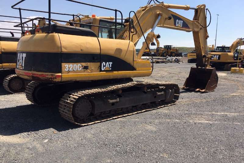 Caterpillar Excavators 2005 CATERPILLAR 320C 2005