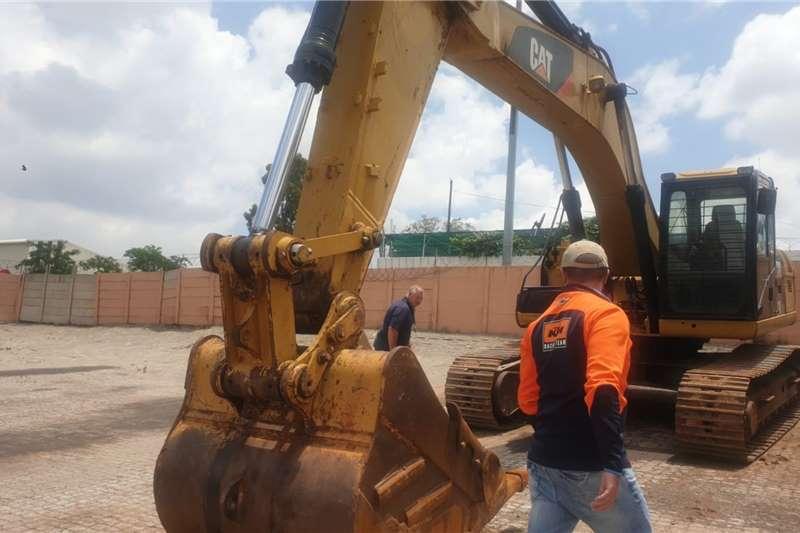 Caterpillar 2013 CAT 329 EXCAVATOR Excavators