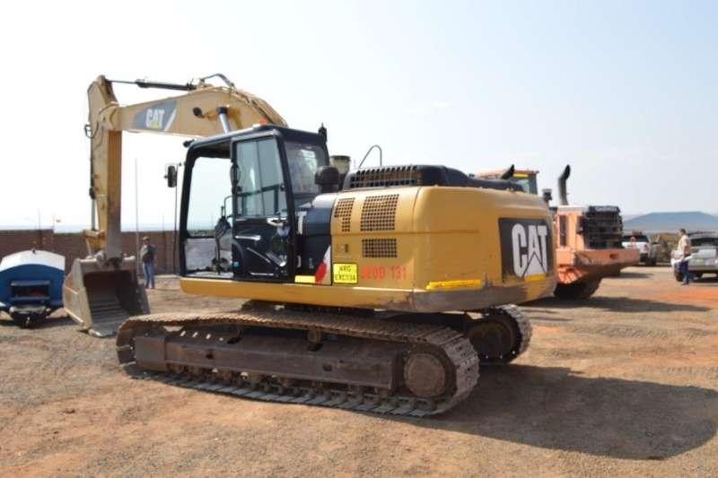 Caterpillar Excavators 320D 2015