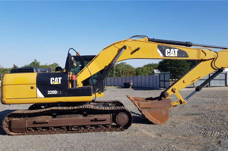 Caterpillar Excavators 320D2L 2014