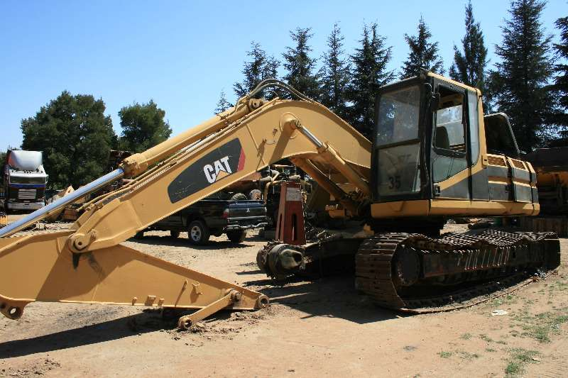 Caterpillar Excavators 320L HYDRAULIC EXCAVATOR STRIPPING FOR SPARES