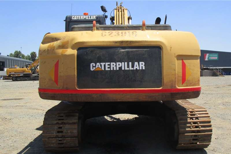 Caterpillar 323D Excavators