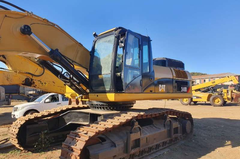 Caterpillar Excavators 340 D2L 2014