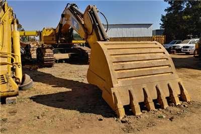 Caterpillar 340D Excavators