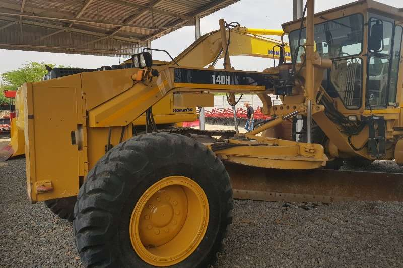 Caterpillar Excavators CAT 140H Grader 2008