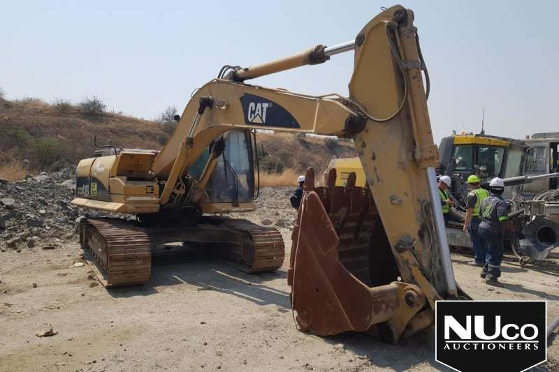 Caterpillar Excavators CAT 323D EXCAVATOR (NON RUNNER)