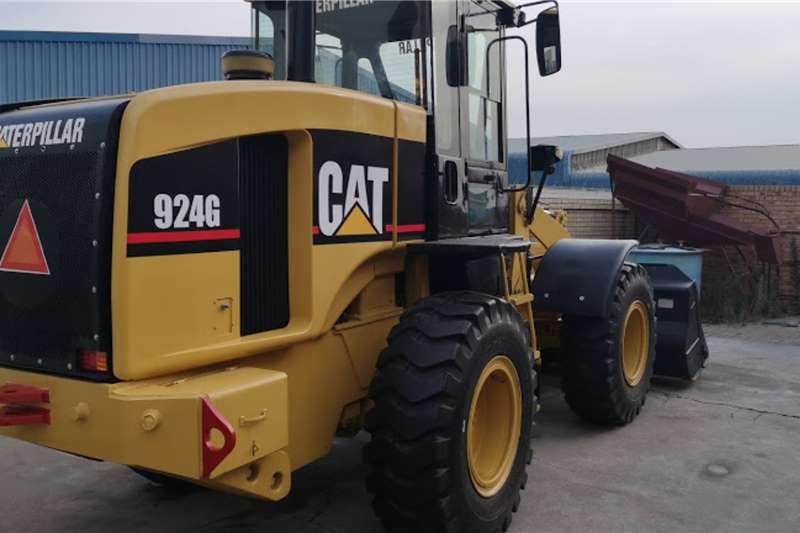 Caterpillar Loaders CAT Front End Loader 924G 2008