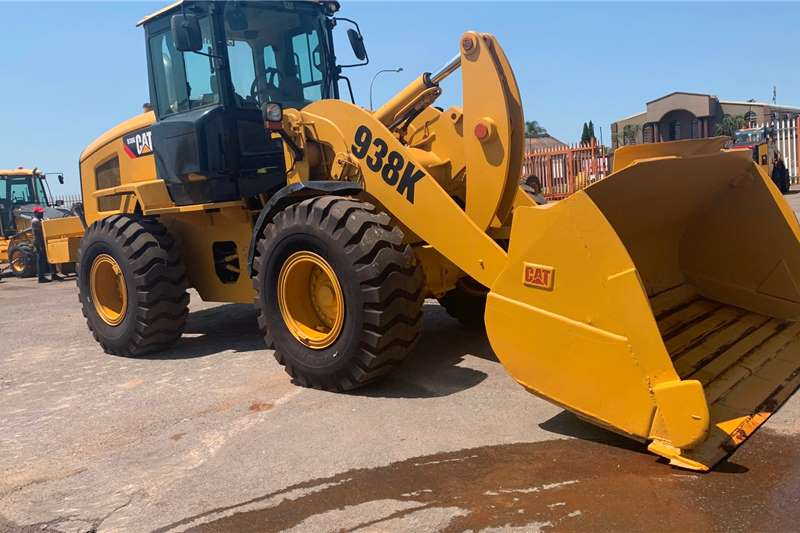 Caterpillar Loaders Caterpillar 935K 2014