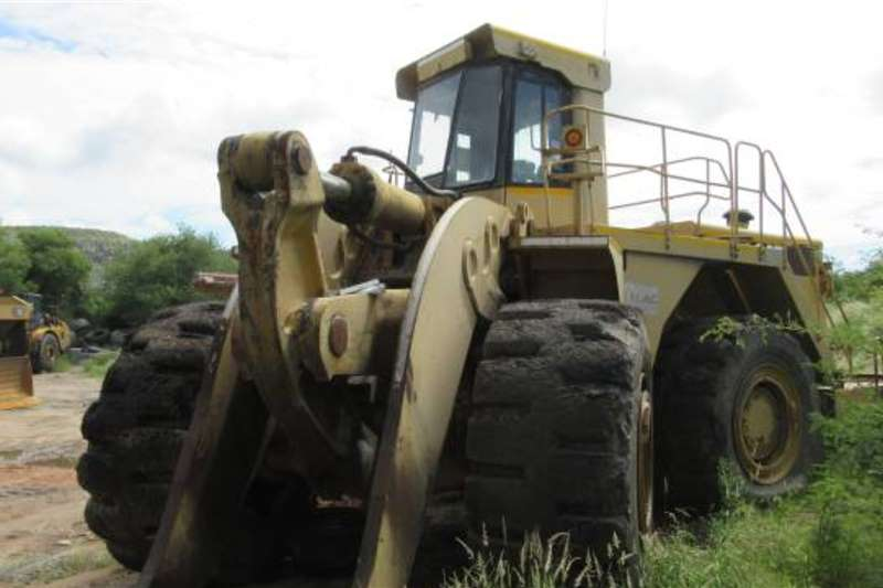 Caterpillar Loaders Caterpillar 990 Front End Loader