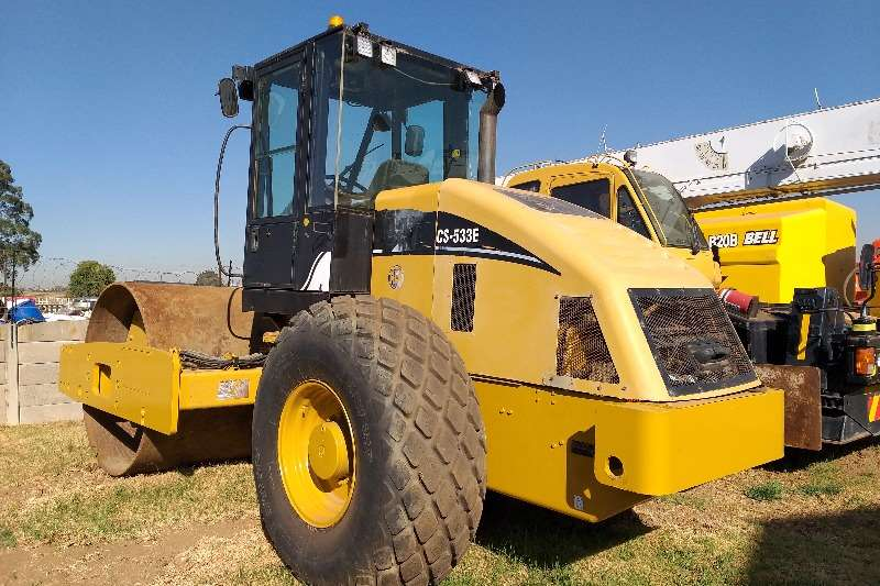 Caterpillar Rollers Tandem roller 2007 Caterpillar 533E Smooth Drum Roller 2007