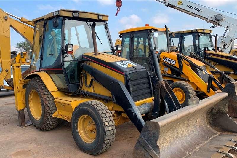 Caterpillar 2005 CATERPILLAR 424D 4X2 TLBs