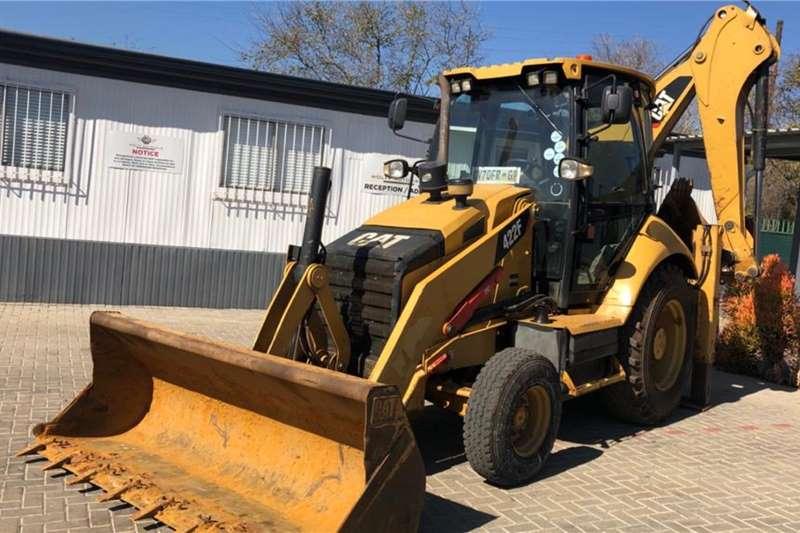 Caterpillar TLBs 422F 4x2 TLB 2013