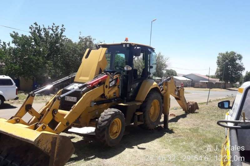 Caterpillar TLBs 428F 2015